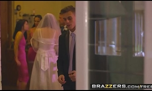 Brazzers - Mommys in apply - (Chris Diamond) - An Open Disposed Coalition