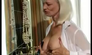 Pierced Mom Fucks Hairbrush then gets Anal. See pt2 handy goddessheelsonline.co.uk