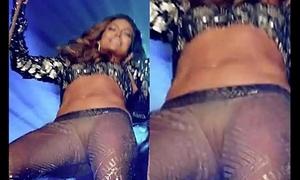 Jennifer lopez port side flaps
